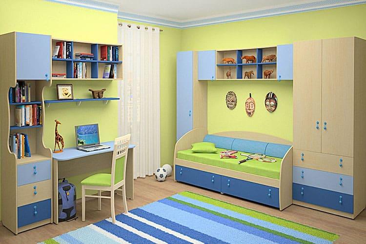 Какую детскую мебель для мальчика выбрать