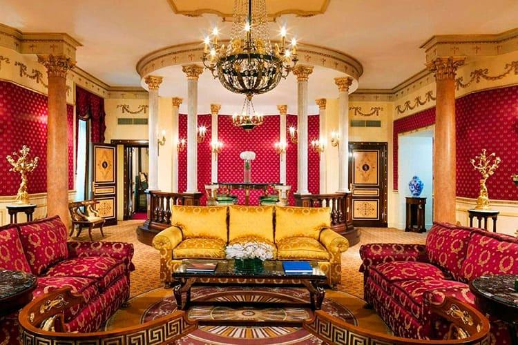 Во дворце у императора: стиль ампир