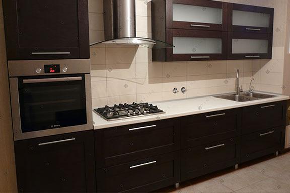 Кухонный гарнитур среднего ценового сегмента