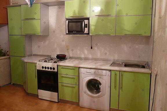 Бюджетный гарнитур на кухне