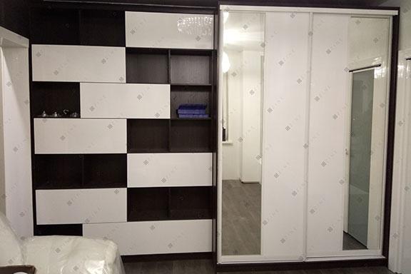 Разделенный шкаф-купе