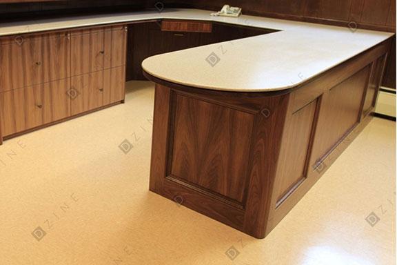 Офисный стол из массива