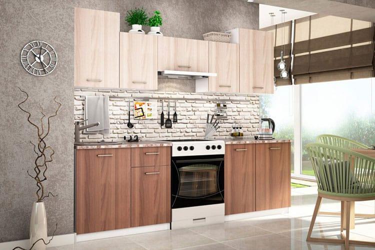 Современный кухонный гарнитур в квартире