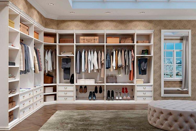 Основные достоинства гардеробной