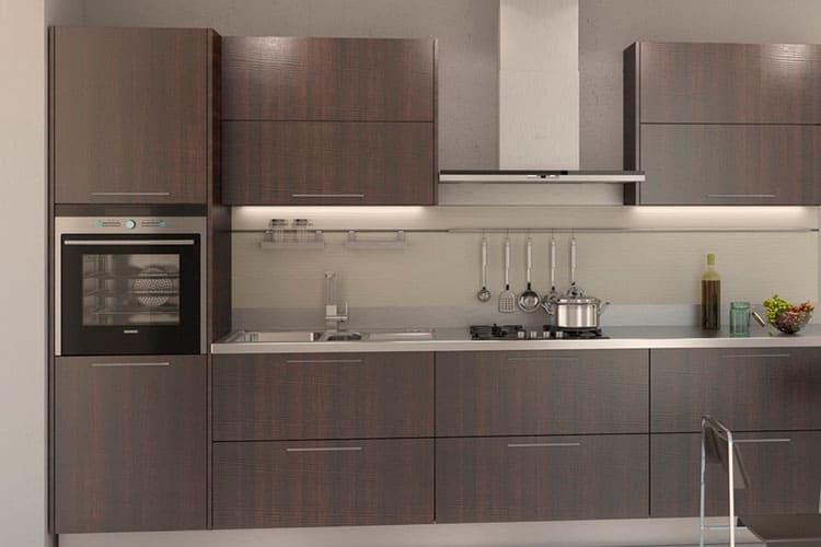 Плюсы линейного размещения кухонь
