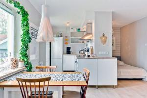 small-studio-apartment-ideas