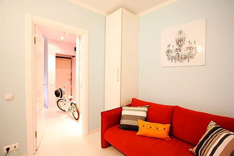 современное интерьерное решение для маленькой квартиры