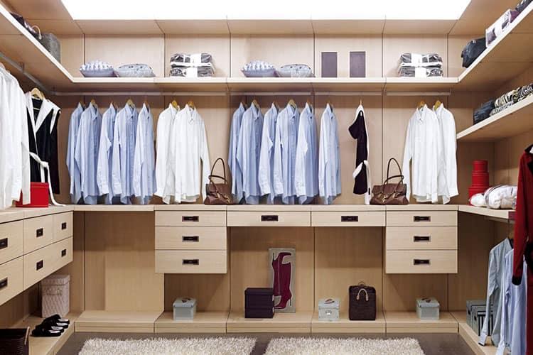 Встроенные гардеробные системы