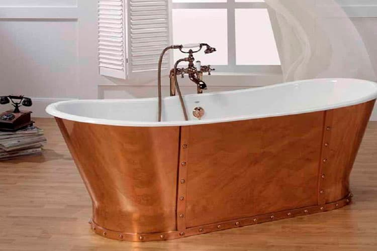 Ванна из чугуна и ее особенности