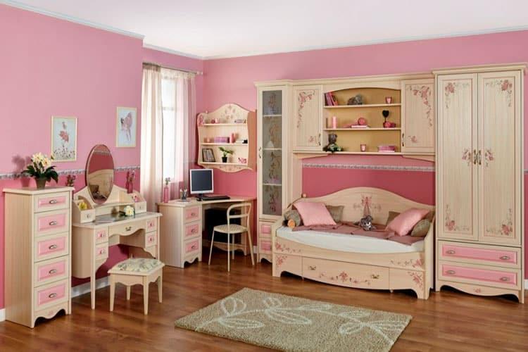 Виды мебели для маленькой леди